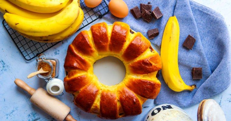 Brioche couronne fourrée banane & chocolat