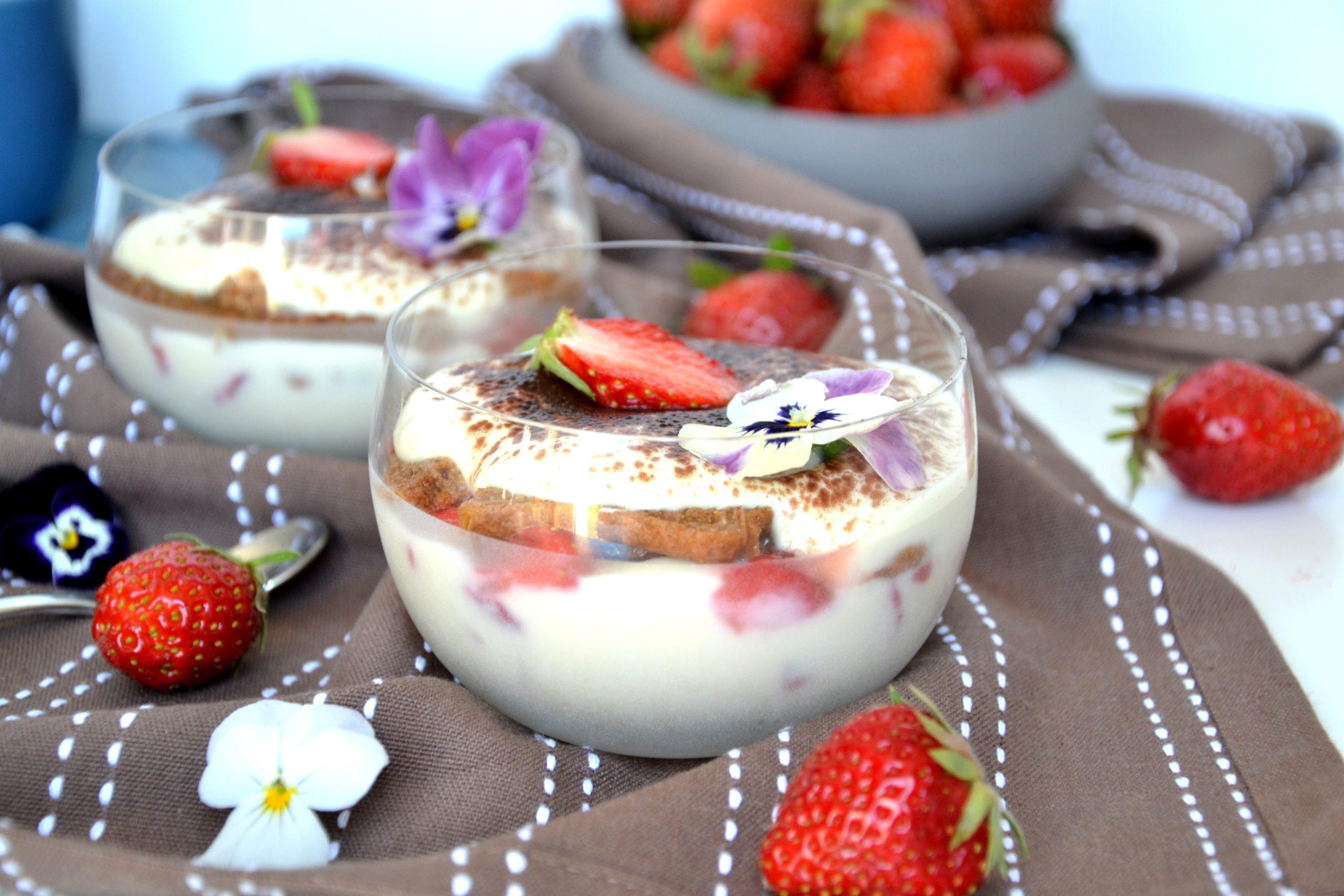 Tiramisu fraises et spéculoos sans mascarpone