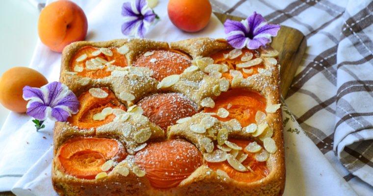 Gâteau moelleux amandes et abricots